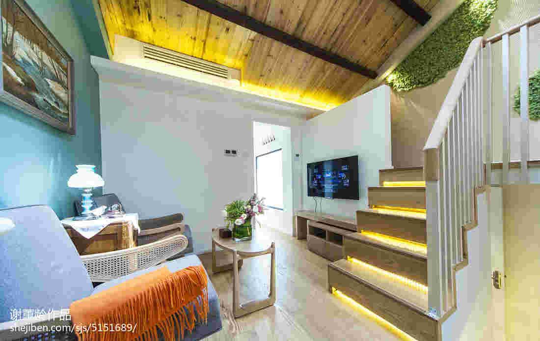 如何设计楼梯不占空间 最节省空间复式阁楼楼梯设计效果图