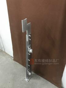烤银色氟碳漆10mm厚双板不锈钢立柱