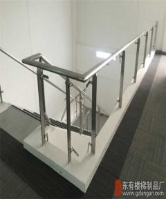 本田厂办公室楼梯不锈钢玻璃栏杆扶手立柱安装