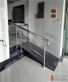 地震局走道不锈钢栏杆安装