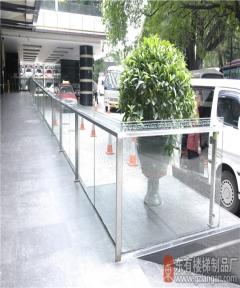 华厦大酒店不锈钢玻璃栏杆